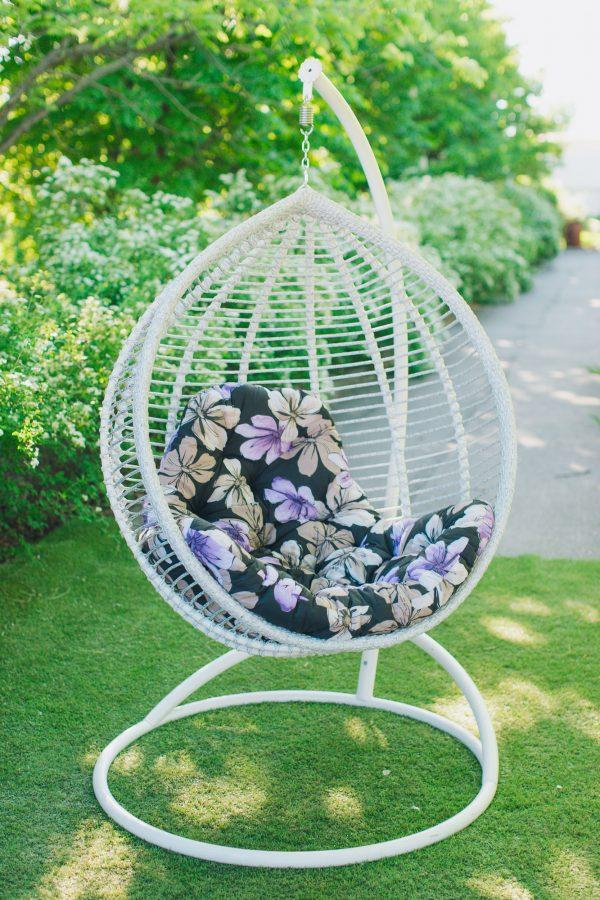 Крісла підвісні ЮМК з подушкою в квітку