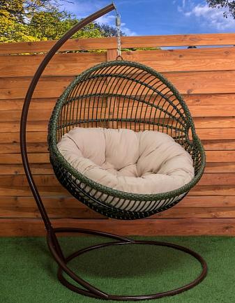 кресло кокон с ровным вертикальным плетением