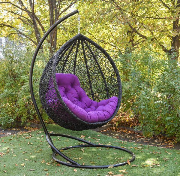 Подвесное кресло Веста чёрное с фиолетовой подушкой