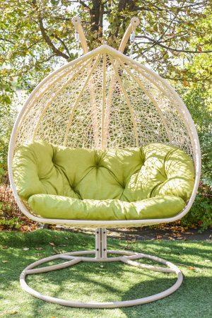 Качеля садовая из ротанга с мягким сиденьем