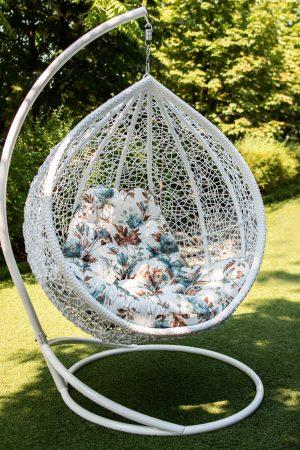 крісло кокон Веста з барвистою подушкою