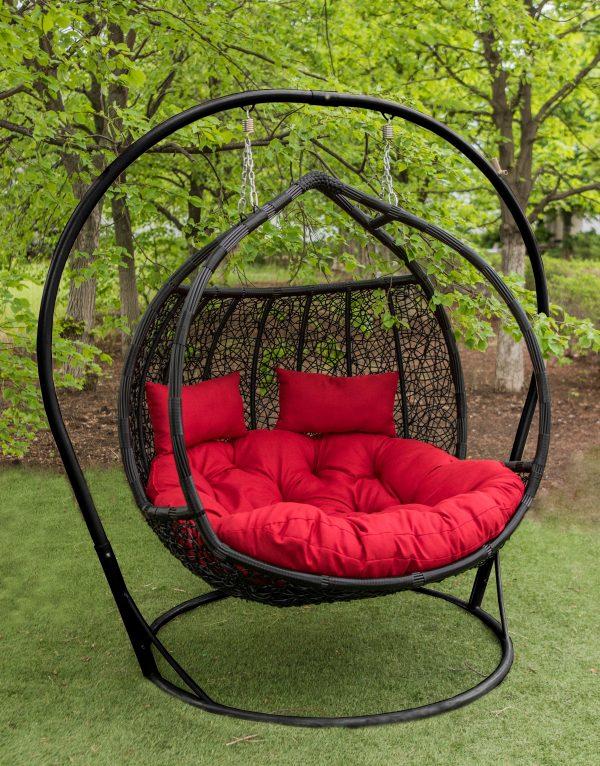 Красивое подвесное кресло для улицы большое