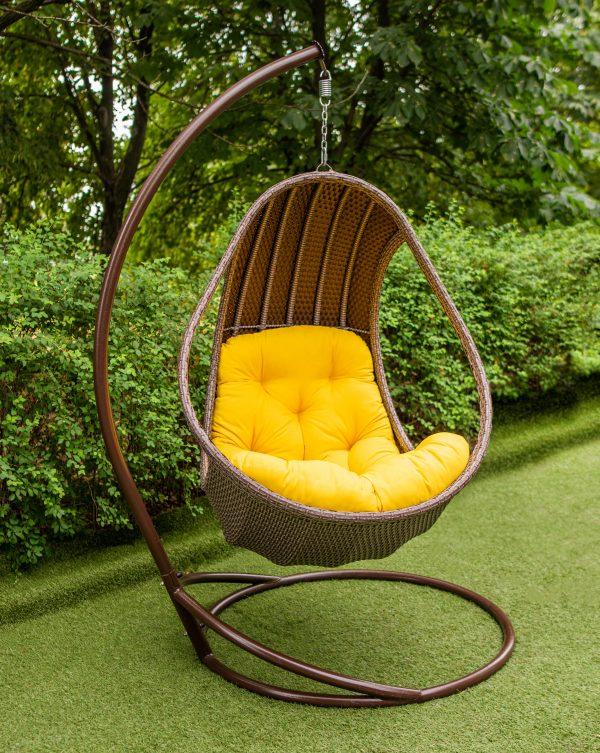 подвесное кресло комфорт люкс коричневое с жёлтой подушкой