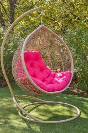 Красивые подвесные кресла Веста