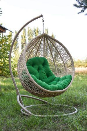 Крепкое подвесное кресло Веста беж с зелёным