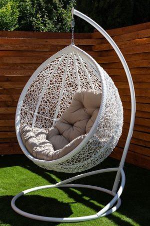 Веста белое подвесное кресло кокон с подушкой беж