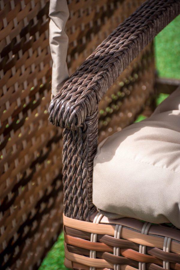 качественное комбинированное плетение ротангом