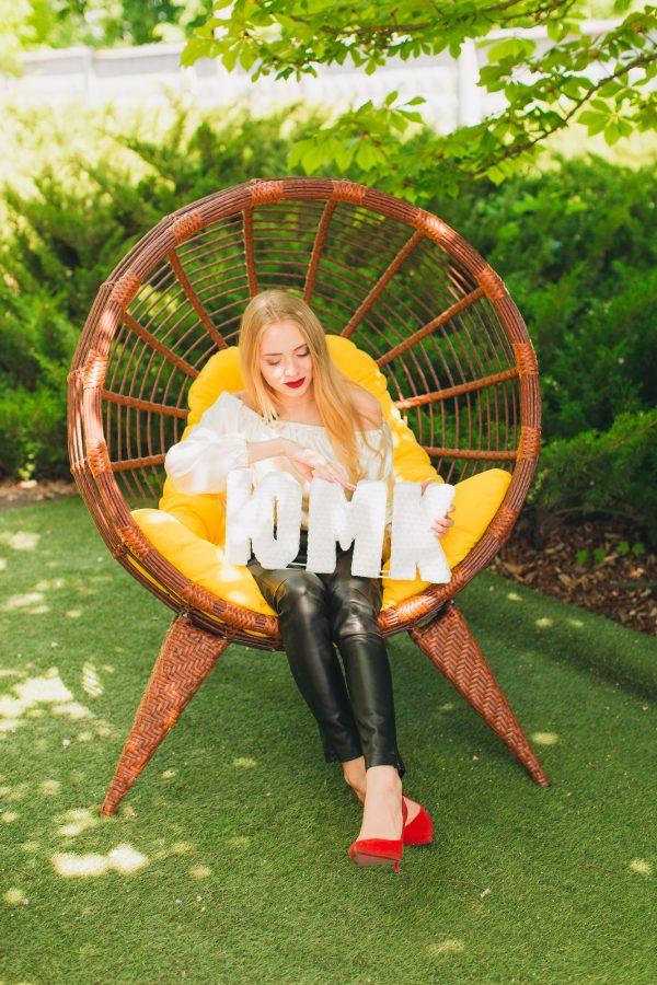 Плетёное кресло кокон из ротанга ЮМК фабрика