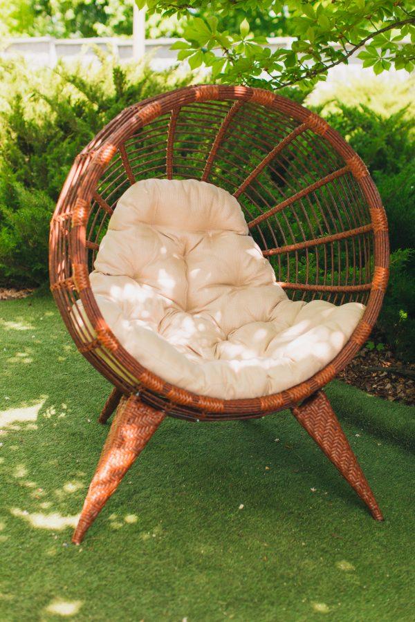 Круглое кресло плетёное с подушкой