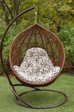 Садовое кресло качалка из ротанга