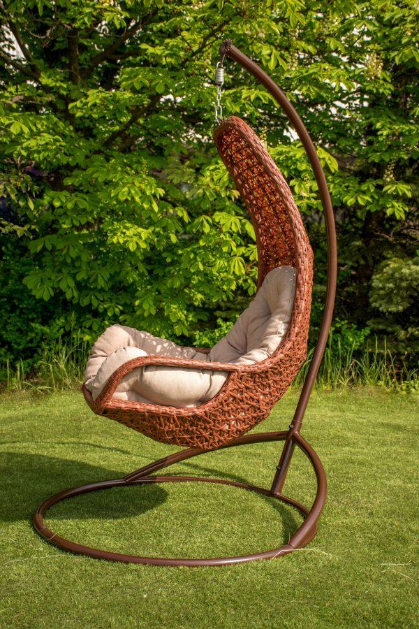 классическое подвесное кресло со спинкой