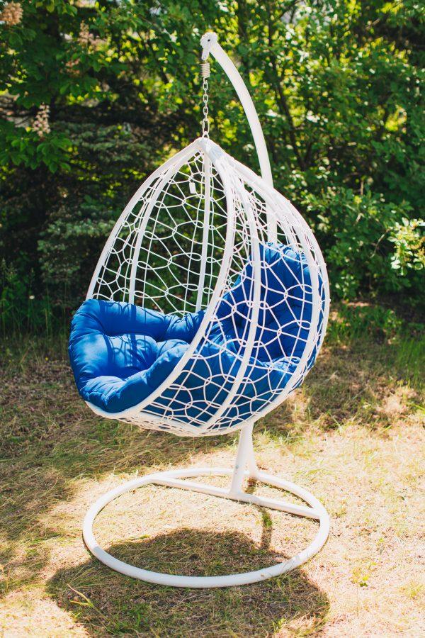 белое кресло подвесное из ротанга эко премиум