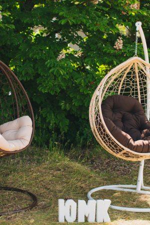 Подвесные кресла коконы из ротанга ЮМК Эко премиум