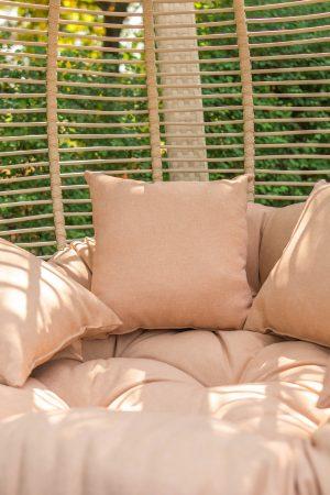 подушки в кріслі коконі Арена біг