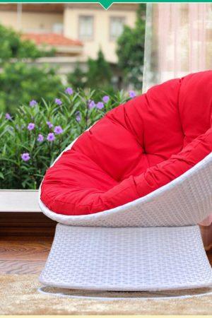 поворотное кресло с подушкой