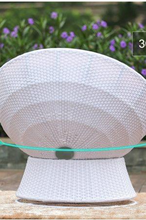 крутящееся кресло из ротанга
