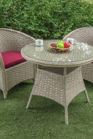 Столик и кресла для кофейни