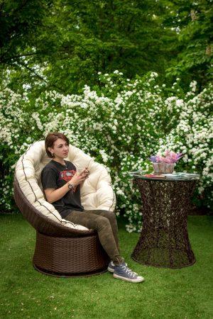 Поворотное кресло Лази и столик Лайт