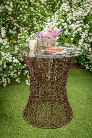 столик для балкона плетёный со стеклом