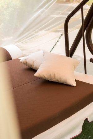 качели с большим спальным местом