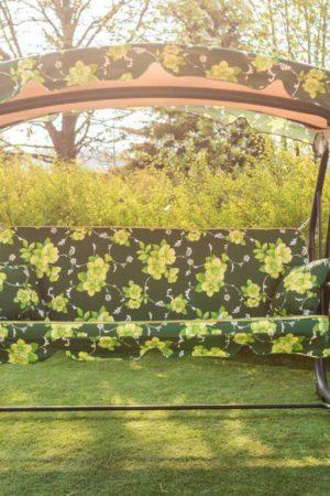 Садовая качеля из металла крыша из ткани