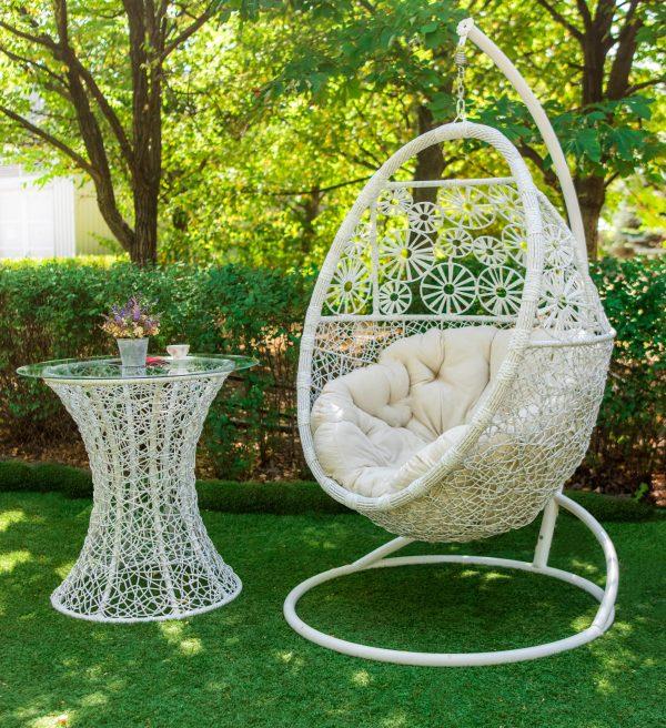 Кресло подвесное из ротанга Прованс и столик Лайт белый