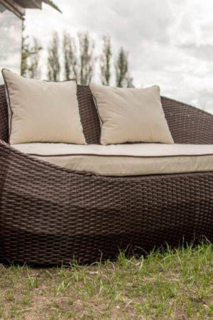 Мебель садовая плетёный диван