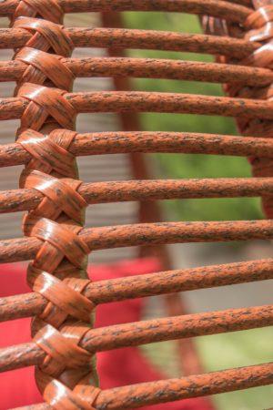 Плетение на кресле коконе премиум ротангом