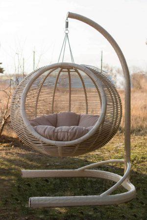 Плетёное кресло кокон из ротанга Арена ЮМК
