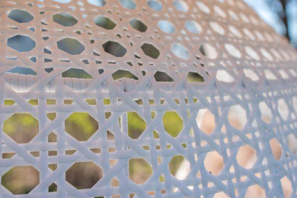 плетение ротангом на кресле коконе Дабл Гранд ЮМК