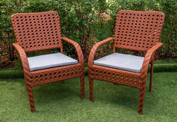 стулья столовые из плетения ротангом