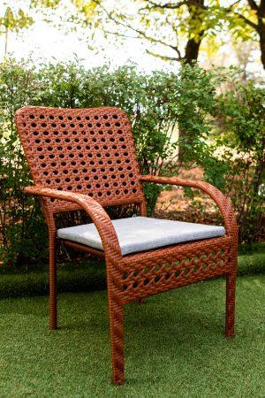 Стул кресло из ротанга обеденный