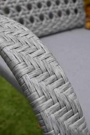 качественное плетение на стуле для сада и кафе