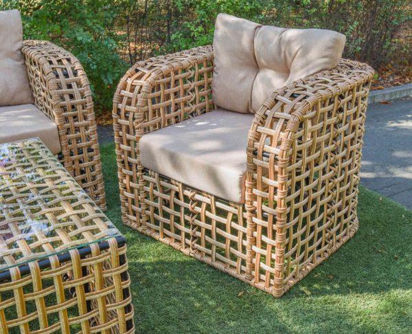Плетёный комплект мебели из искусственного ротанга
