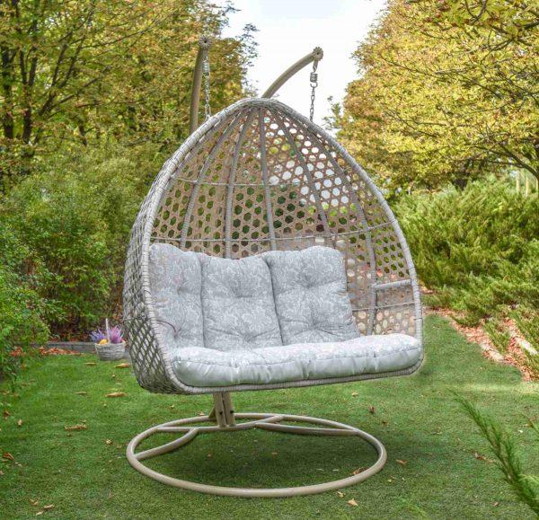 Оригинальное подвесное кресло качеля для бара и кафе