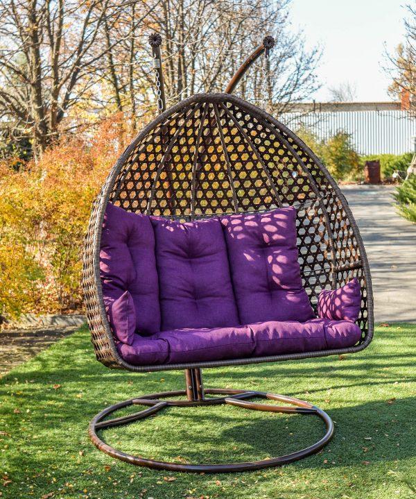 Красивое подвесное кресло из ротанга ЮМК