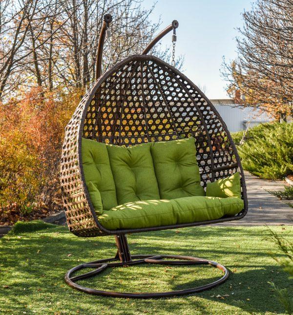 Подвесное кресло кокон ЮМК двойное на улице
