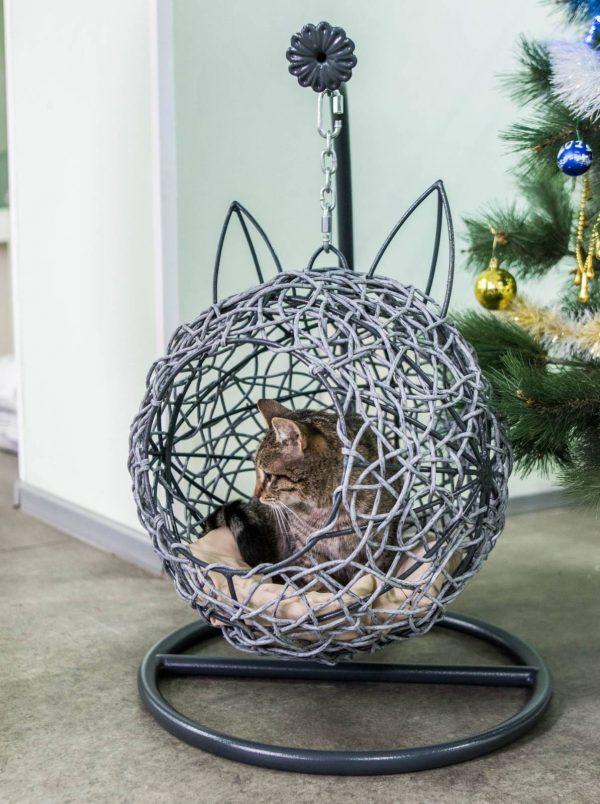 Плетёный кокон для кота