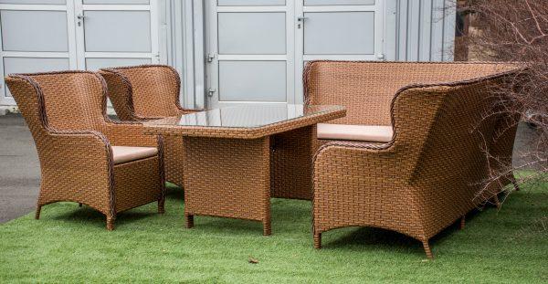 комплект классической мебели из ротанга