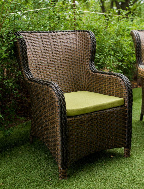 Кресло плетёное из ротанга с быльцами