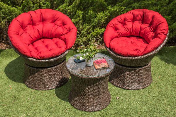 Мебель для отдыха на улице в саду