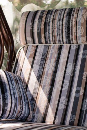 мягкие части сиденья садовой качели