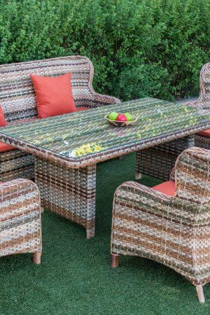 Эксклюзивная мебель для кухни из ротанга