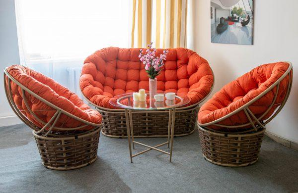 Комплект красивой плетёной мебели ЮМК ротанг