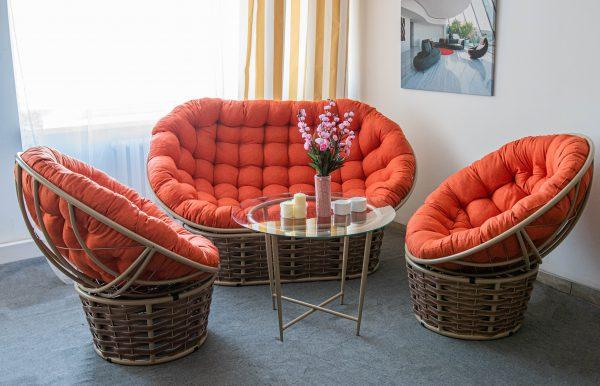 Мебель для отдыха на улице и в доме