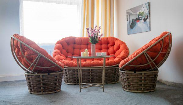 стальной комплект ротанговой мебели ЮМК