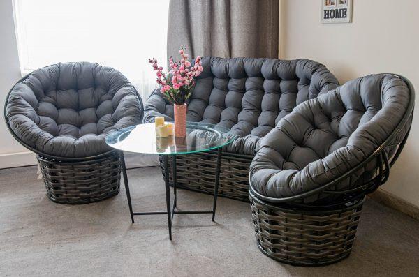 необычная мебель для кальянной и кафе