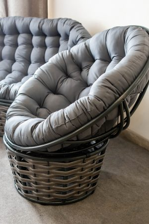кресло кокон папасан люкс серого цвета