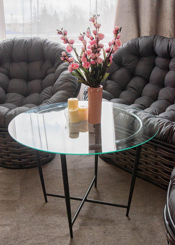столик из металла из комплекта фемели