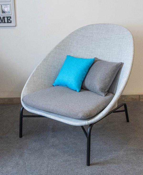 Металлическое барное кресло со спинкой